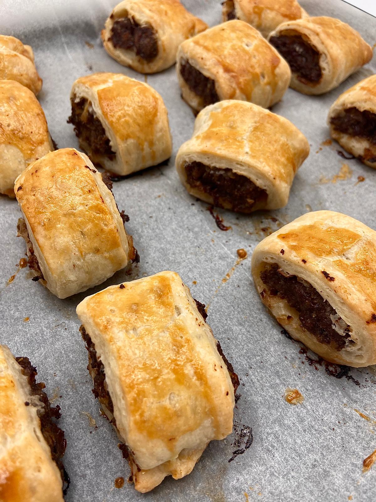 ALL BEEF SAUSAGE ROLLS