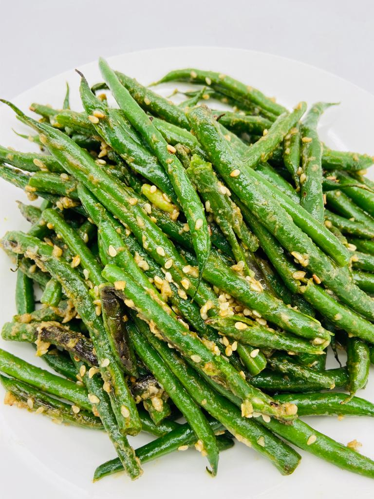 GREEN BEANS AND SESAME